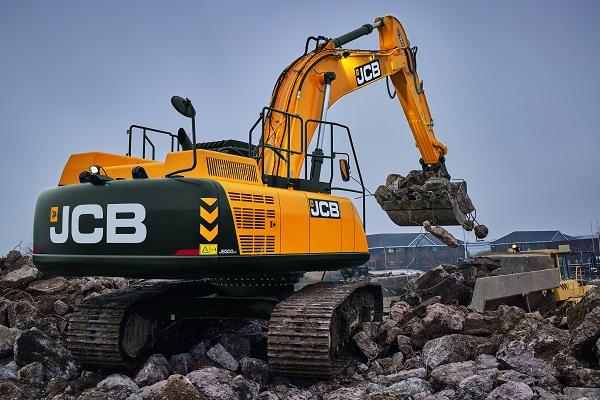 JS 300LC 30 tonne excavator